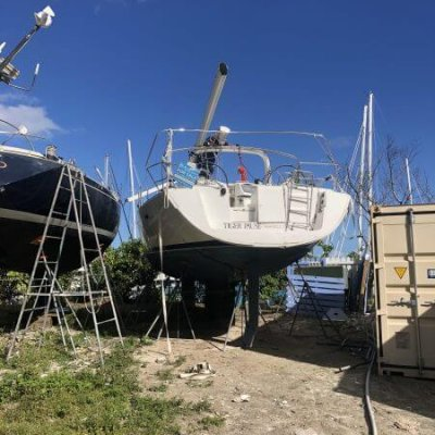 Used Beneteau, Oceanis yacht salvage auction USA. Beneteau boats & accessories for sale, marine sailboat auctions website
