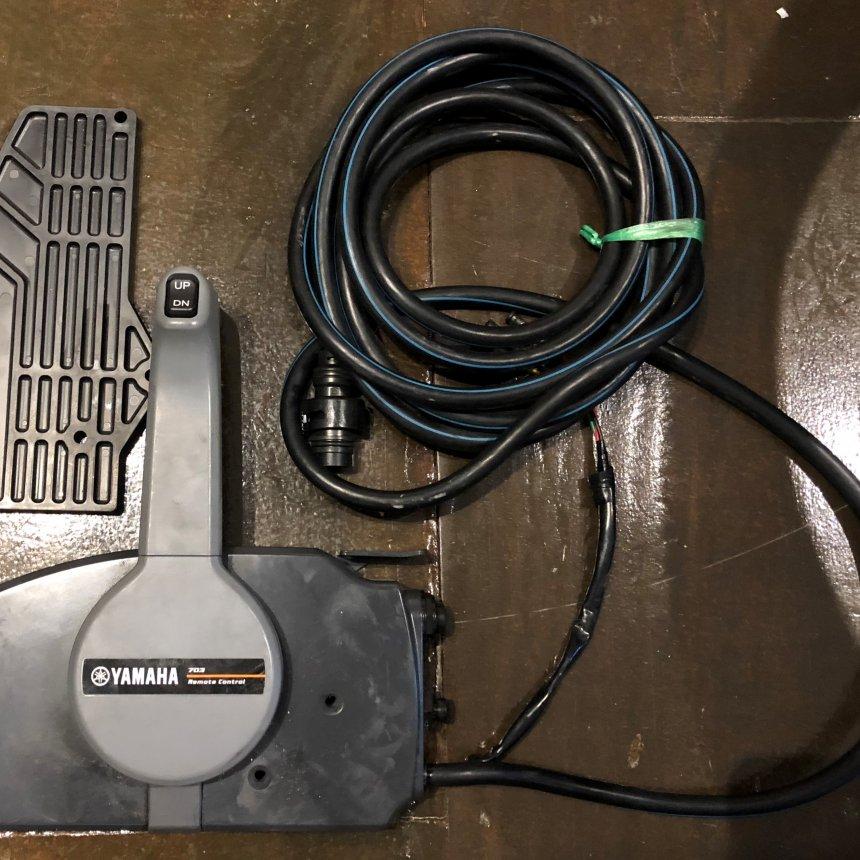 Control Box Yamaha 703 (Used)